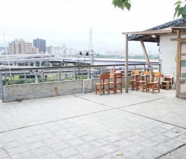 山城53號屋頂平台